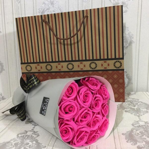 Bó hoa hồng sáp 12 bông hồng sen