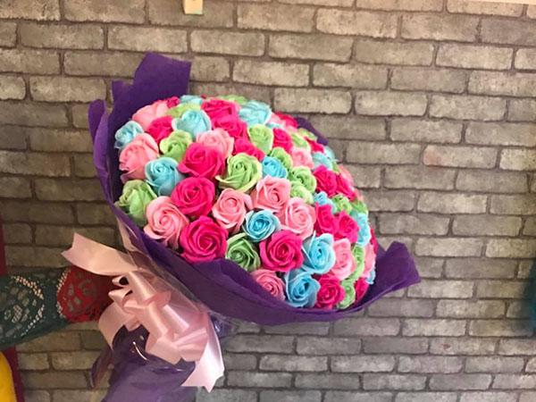 Bó hoa hồng sáp thơm 99 bông