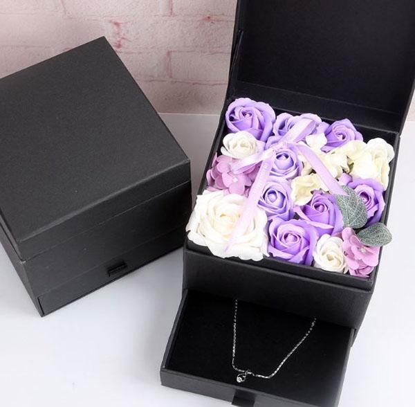 Hộp hoa hồng sáp 2 tầng kèm ngăn kéo đựng trang sức