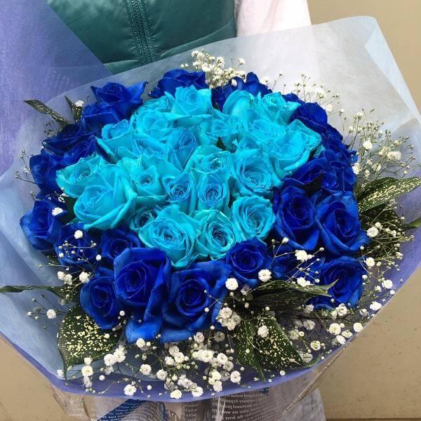 Hoa hồng xanh có thật không nhỉ?