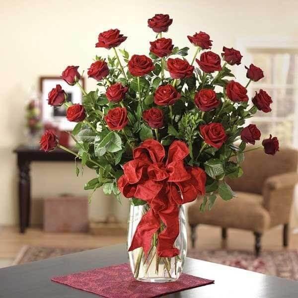 Mách bạn cách cắm hoa hồng vào lọ cao đẹp nhất